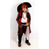 locação de fantasia pirata masculina preço Água Chata